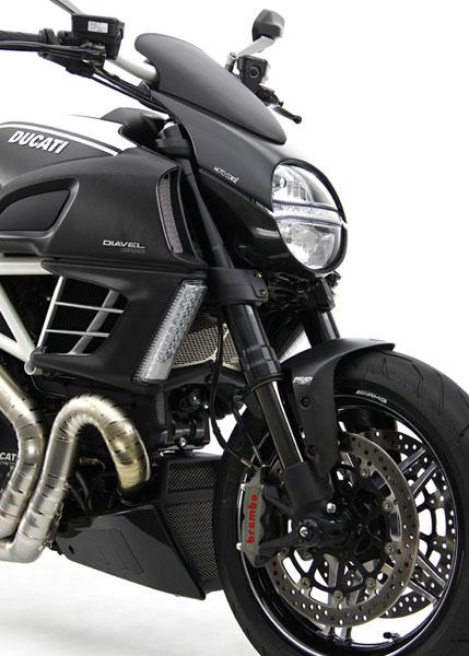 Giật mình với giá của Ducati Diavel độ 15