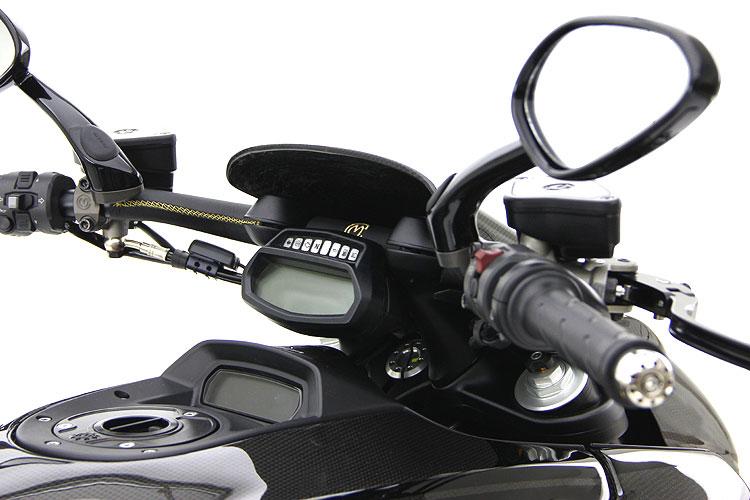 Giật mình với giá của Ducati Diavel độ 17