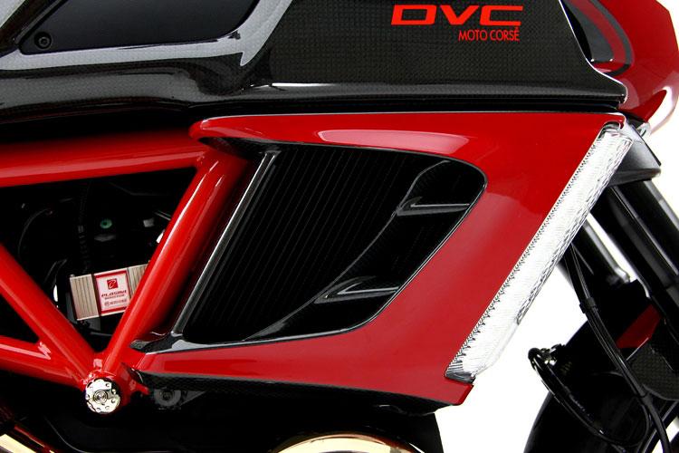 Giật mình với giá của Ducati Diavel độ 8