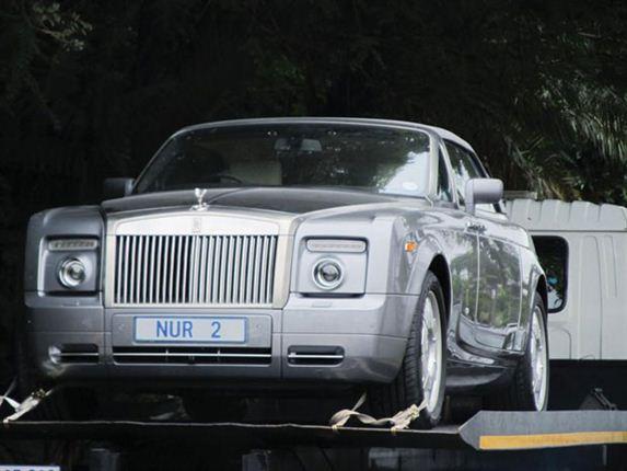 Cựu cảnh sát bị tịch thu 25 xe đắt tiền 1