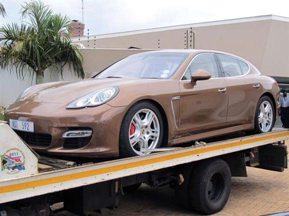 Cựu cảnh sát bị tịch thu 25 xe đắt tiền 4