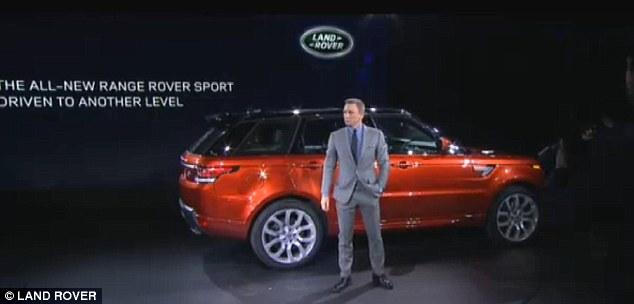"""""""Điệp viên 007"""" giới thiệu Range Rover Sport 2014 trên phố 6"""
