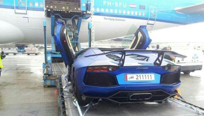 """Bắt gặp """"ông hoàng"""" Bugatti Veyron 1.500 mã lực 3"""