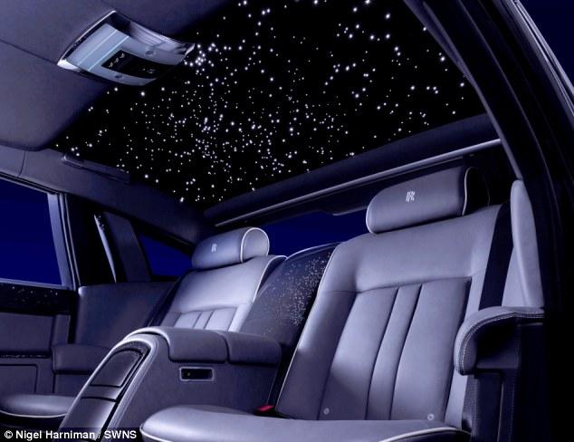 Bầu trời sao đặc biệt trong Rolls-Royce Celestial Phantom độc nhất 1
