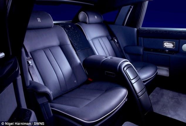 Bầu trời sao đặc biệt trong Rolls-Royce Celestial Phantom độc nhất 4