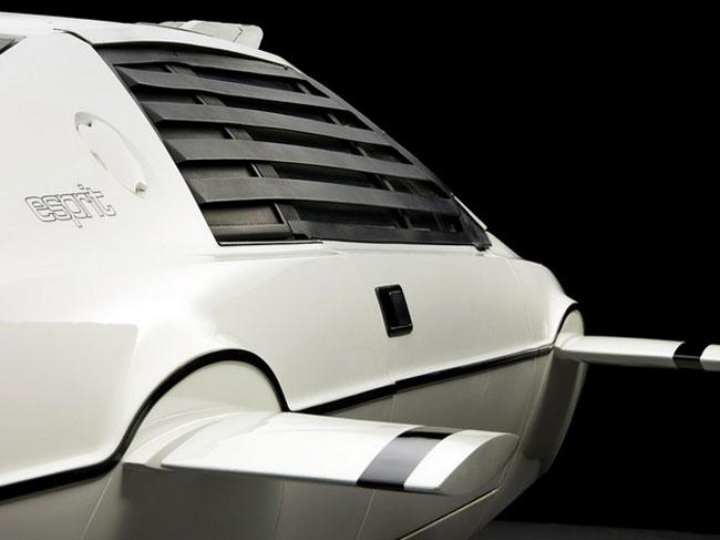 Giám đốc Tesla chi 866.000 USD mua xe hơi-tàu ngầm James Bond 7