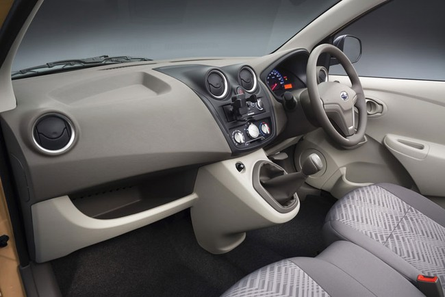 Datsun Go+ - Xe siêu rẻ cho thị trường đang nổi 10