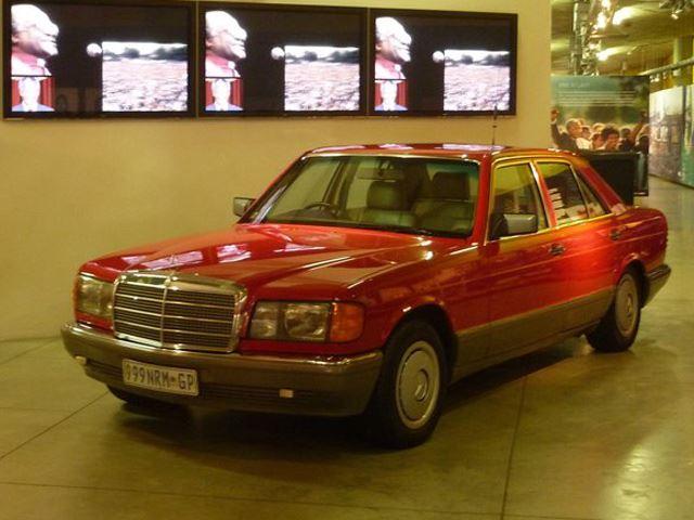 Chiếc Mercedes-Benz S-Class đặc biệt của cố Tổng thống Nelson Mandela 1