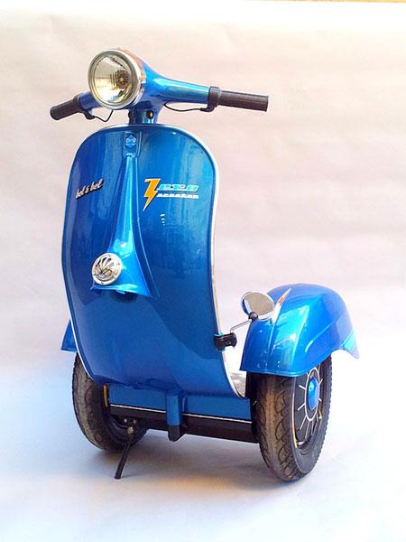 Xe tự cân bằng phiên bản Vespa đầu tiên trên thế giới 1