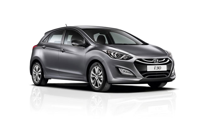 """Hyundai trình làng cặp đôi xe mới """"ăn theo"""" World Cup 2014 3"""