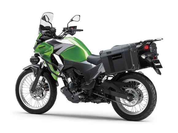 Dự đoán, động cơ của Kawasaki Versys-X 250 lấy từ Ninja 250R. Nếu đúng như vậy, động cơ này có thể tạo ra công suất tối đa 29,9 mã lực tại vòng tua máy 10.500 vòng/phút và mô-men xoắn cực đại 21,7 Nm tại vòng tua máy 10.000 vòng/phút như Kawasaki Ninja 250R.