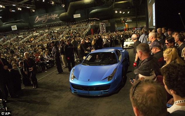 Siêu xe Ferrari 458 Italia độ khủng của Justin Bieber tìm thấy chủ mới với giá 9,78 tỷ Đồng - Ảnh 1.