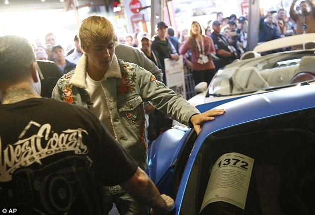 Siêu xe Ferrari 458 Italia độ khủng của Justin Bieber tìm thấy chủ mới với giá 9,78 tỷ Đồng - Ảnh 3.