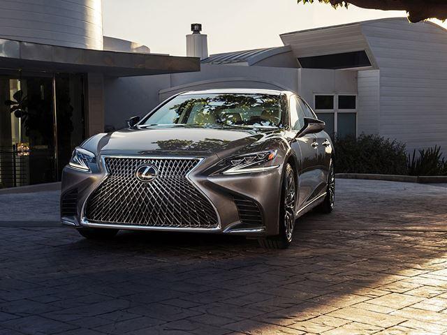 Lexus LS 2018 có 3 tính năng an toàn chưa từng xuất hiện ở bất kỳ xe nào - Ảnh 4.