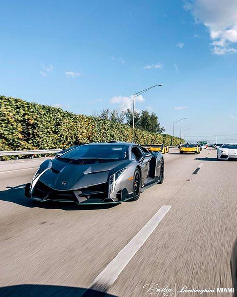 Siêu bò Lamborghini Gallardo 1.000 mã lực bốc cháy ngùn ngụt - Ảnh 3.
