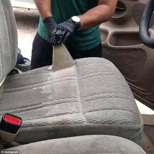 Video hút bụi ghế ô tô khiến nhiều người xem rùng mình - Ảnh 2.