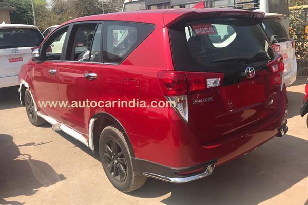 Lộ diện Toyota Innova cao cấp hơn xe ở Việt Nam - Ảnh 3.