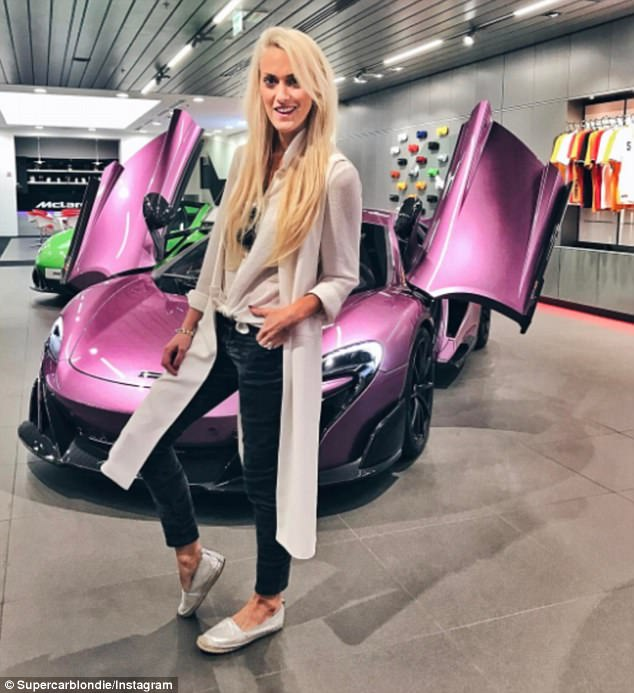 Làm quen với Supercar Blondie - Cô gái đến từ miền quê lái siêu xe để kiếm sống - Ảnh 2.