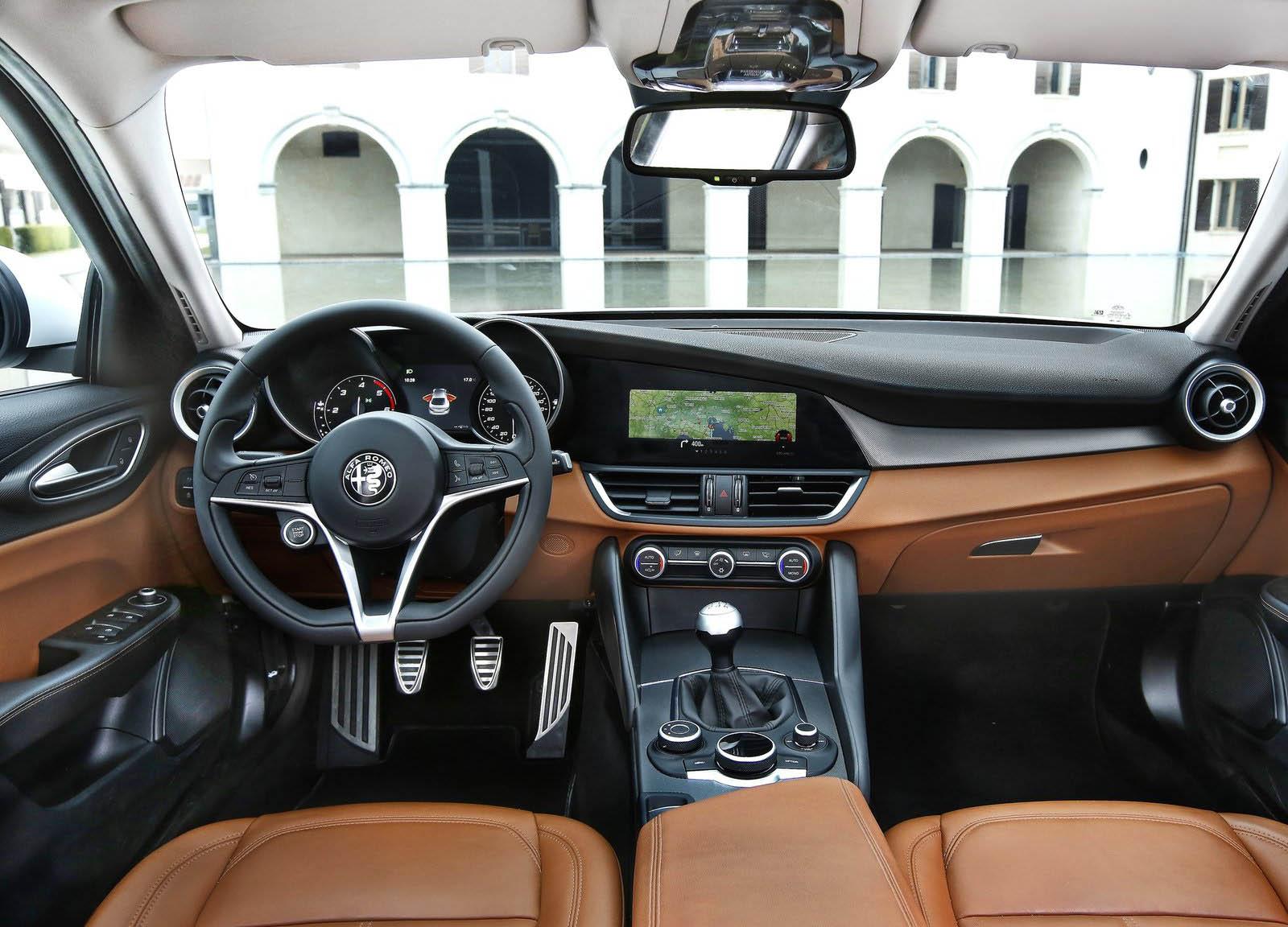 Image result for nội thất ô tô đẹp