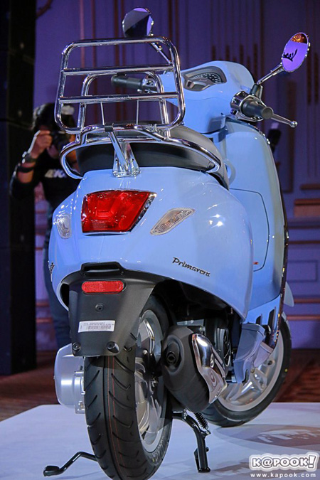 Vespa Primavera 150 có phiên bản đặc biệt mới - Ảnh 3.