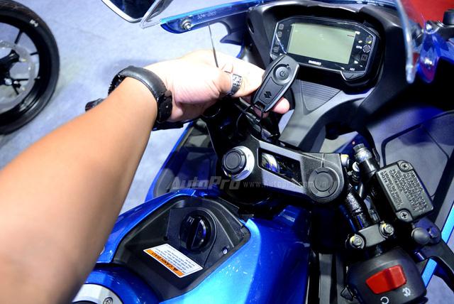 Mô tô thể thao Suzuki GSX-R150 được chốt giá 74,99 triệu Đồng tại Việt Nam - Ảnh 5.