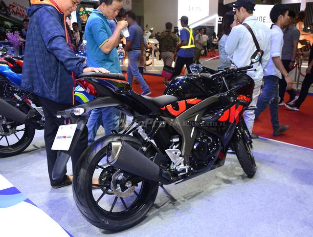 Mô tô thể thao Suzuki GSX-R150 được chốt giá 74,99 triệu Đồng tại Việt Nam - Ảnh 6.