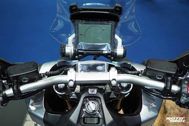 Xuất hiện hình ảnh được cho là của SUV việt dã 2 bánh Honda X-ADV tại Việt Nam - Ảnh 6.