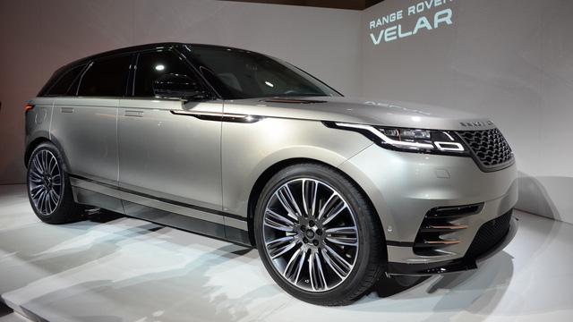 Bắt gặp chiếc SUV hạng sang Range Rover Velar 2018 được đưa đến đại lý - Ảnh 7.