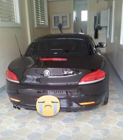 Nữ khách hàng tố cửa hàng rửa xe bán chiếc BMW Z4 của mình - Ảnh 4.