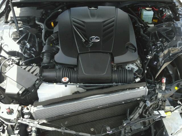 Đây có lẽ là chiếc xe sang Lexus LC500 2018 đầu tiên gặp nạn trên toàn thế giới - Ảnh 8.