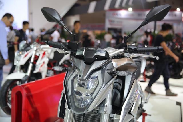 Loncin trình làng naked bike 500 phân khối mới với thiết kế giống Honda CB500F - Ảnh 7.