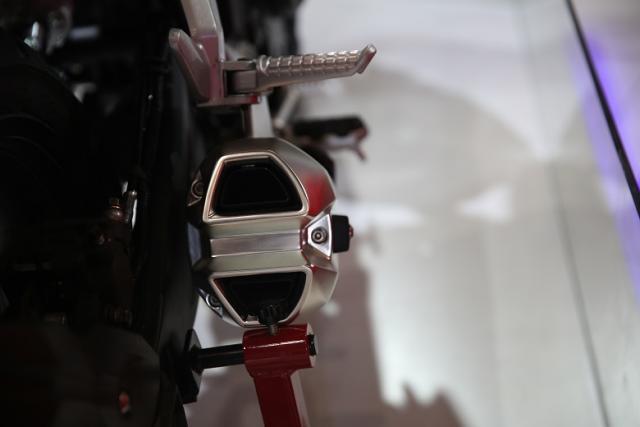 Loncin trình làng naked bike 500 phân khối mới với thiết kế giống Honda CB500F - Ảnh 9.