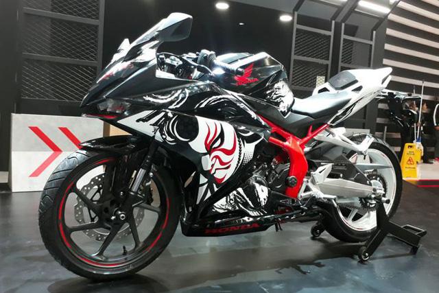 Honda CB150R StreetFire được lên đồ để giống CBR250RR phiên bản đặc biệt - Ảnh 1.