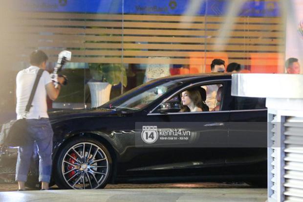 Hồ Ngọc Hà lái Maserati Ghibli S Q4 đi sinh nhật Đàm Vĩnh Hưng ngay sau khi nhận xe - Ảnh 4.