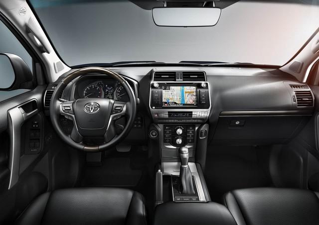 Toyota Land Cruiser Prado 2018 bản máy xăng 2.7L sẽ bị khai tử tại Trung Quốc - Ảnh 4.