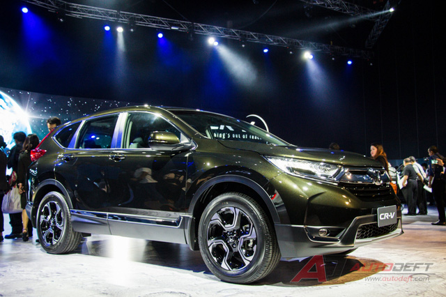 Hậu giảm giá, lộ tin Honda CR-V bản 7 chỗ về Việt Nam vào tháng 11/2017 - Ảnh 2.