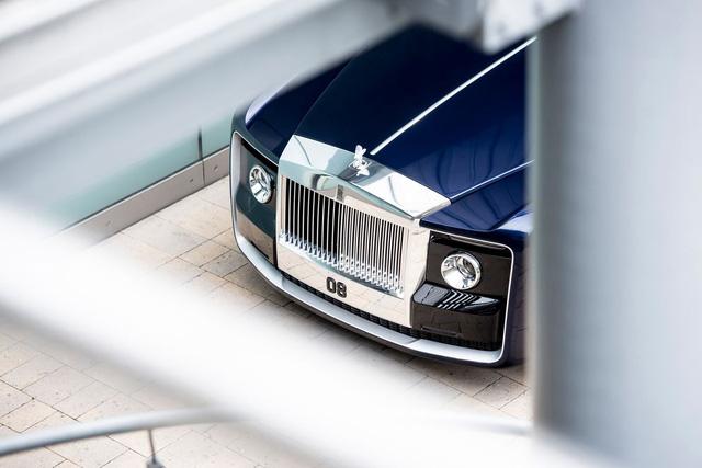 Rolls-Royce độc nhất vô nhị trị giá 288 tỷ Đồng bị bắt gặp tại Na Uy - Ảnh 5.