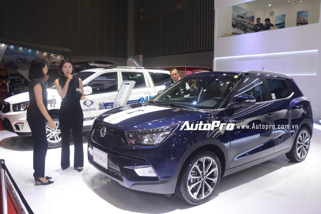 Trực tiếp: SsangYong gây chú ý với SUV cỡ trung G4 Rexton 2018 - đối thủ của Toyota Fortuner - Ảnh 3.