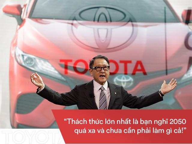 Akio Toyoda: Cháu nội của ông tổ Toyota bước lên CEO từ nhân viên với trách nhiệm nặng nề - Ảnh 1.