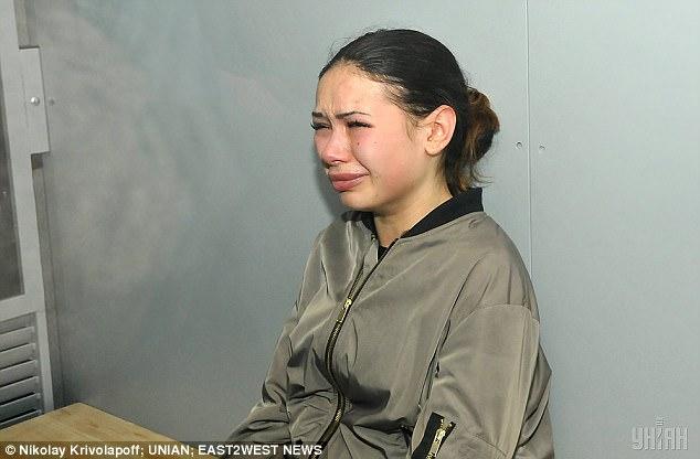 Khoảnh khắc con gái triệu phú Ukraine lái Lexus gây tai nạn liên hoàn khiến 11 người thương vong - Ảnh 6.