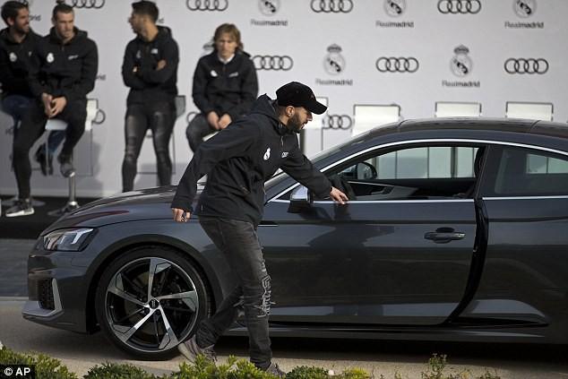Cristiano Ronaldo và dàn sao Real Madrid được tặng xe sang Audi  - Ảnh 3.