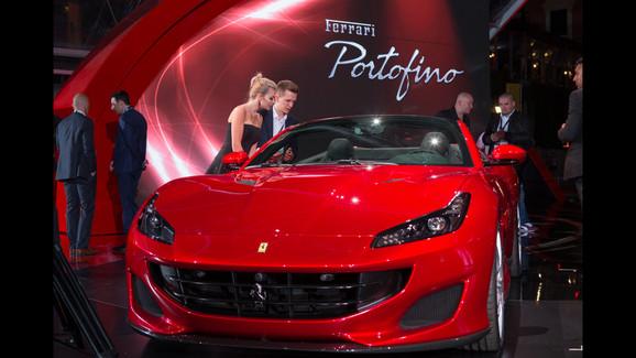 Siêu xe mui trần Ferrari Portofino được giới thiệu riêng cho các khách hàng VIP - Ảnh 6.