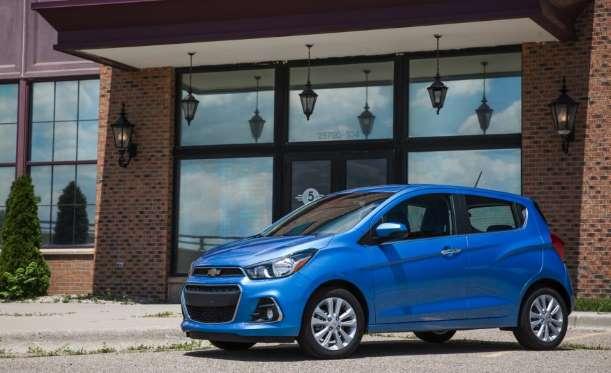 10 mẫu xe mới giá rẻ nhất năm 2017 - Ảnh 8.