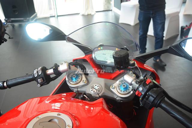 Cận cảnh Ducati SuperSport 2017 phiên bản S có giá 571 triệu Đồng - Ảnh 19.