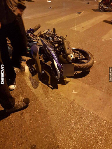 Hà Nội: Yamaha Exciter chở 3 đâm vào Chevrolet Colorado, 1 thanh niên tử vong - Ảnh 6.