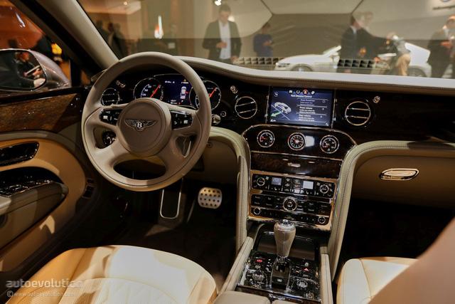 Bentley Mulsanne EWB 2017 đầu tiên cập bến Việt Nam xuất hiện tại Hưng Yên - Ảnh 4.
