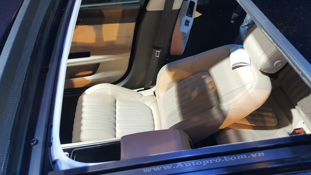 Xe sang Jaguar XF Minh Nhựa mua tặng vợ đã có biển số - Ảnh 5.