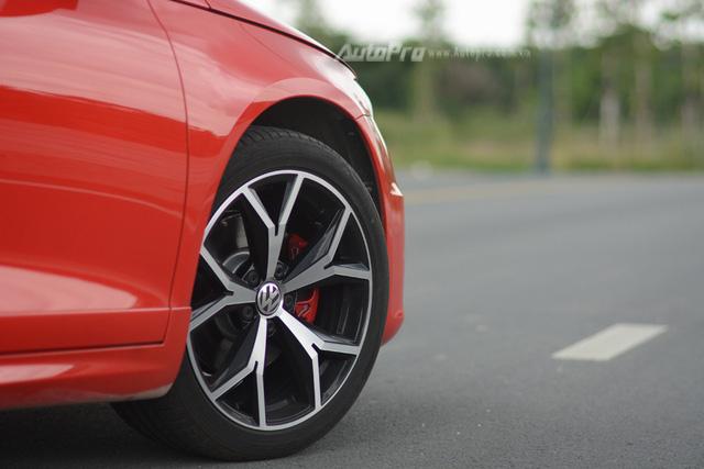 Làm quen với cặp đôi Scirocco 2017 sẽ được hãng Volkswagen trưng bày tại triển lãm VIMS 2017 - Ảnh 18.