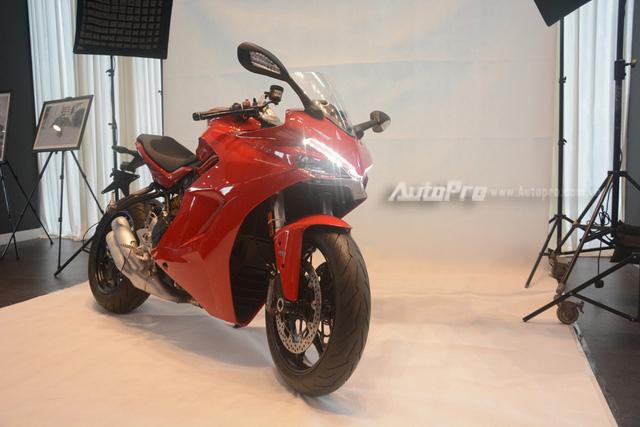 Cặp đôi Ducati SuperSport 2017 ra mắt tại Việt Nam, giá từ 514 triệu Đồng - Ảnh 1.