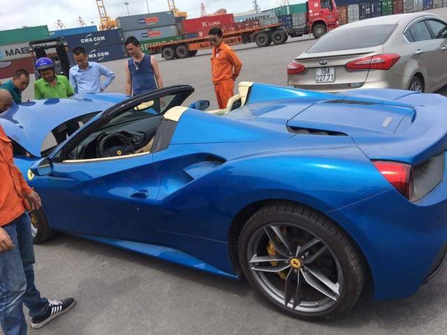 Siêu xe Ferrari 488 mui trần thả dáng cùng Range Rover SVAutobiography 12 tỷ Đồng tại Nha Trang - Ảnh 10.